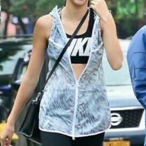 Nike tech hyperfuse sleeveless zip up vest